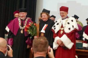 Doktorat honorowy dla Prof. Hanny Suchockiej